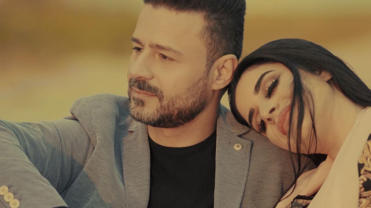 Watch Betariqa Mekhtelfeh Full Song from Betariqa Mekhtelfeh | Vidly tv